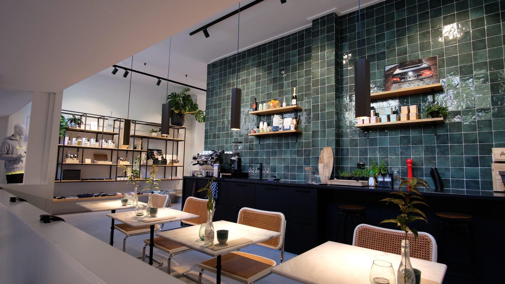 Lichtontwerp retail About koffiebar